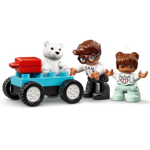 Конструктор LEGO DUPLO Самолет и аэропорт 10961 Превью 4